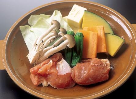 紀州うめどりと野菜の陶板焼